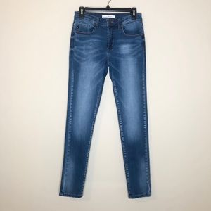 Kancan mid rise super skinny jeans size 7 - 27